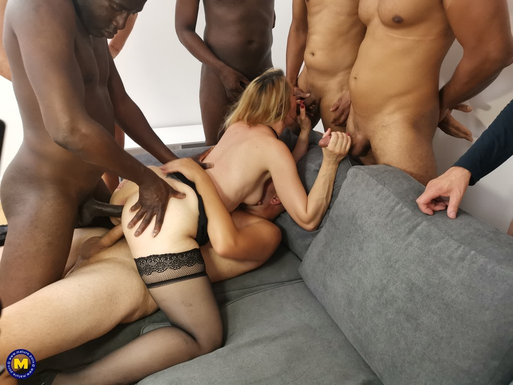 Ella Knox Takes On Multiple Cocks In Gangbang Action Streami 1