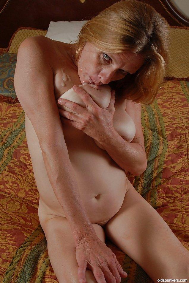Big Saggy Tits Gallery