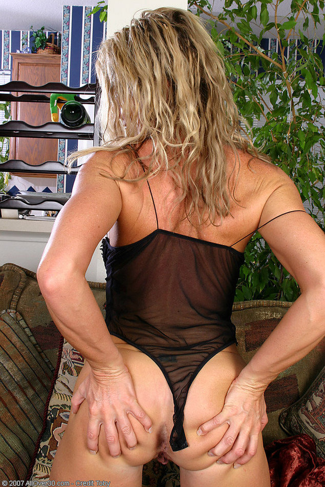 All Over 30 Amateur Mature Woman Stripping See Thru -1993