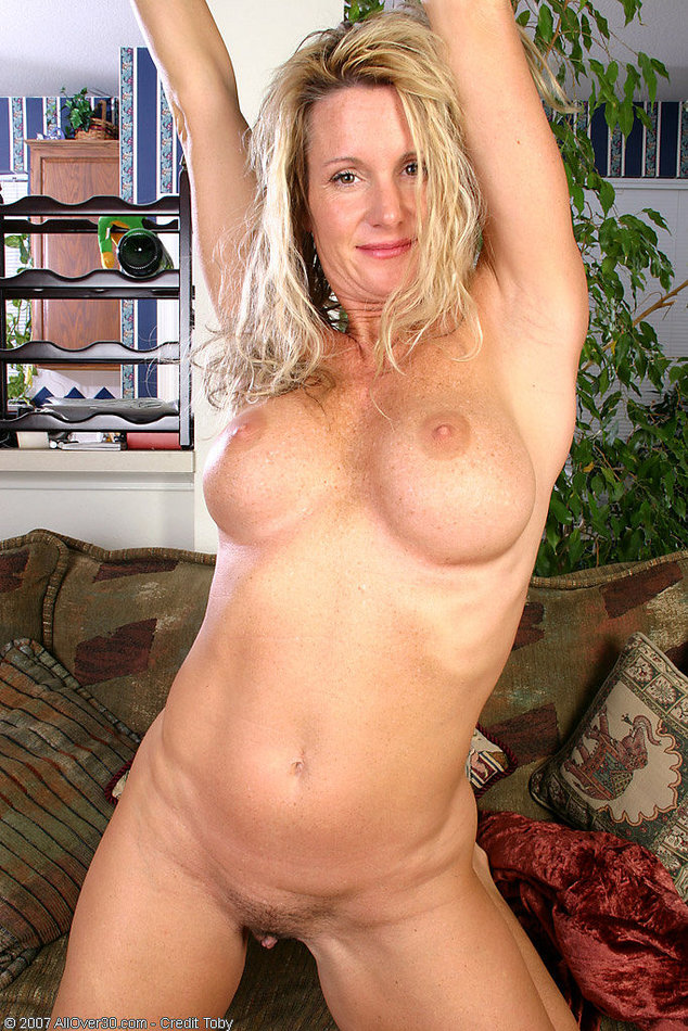 All Over 30 Amateur Mature Woman Stripping See Thru -1682