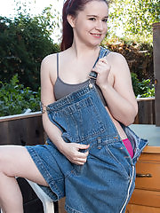 Annabelle Lee takes off her overalls and flashes those perky breasts
