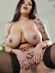 Astonishing bosomy Sheridan Love gives damn great titjob