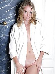 Beautiful Lara Elaine from AllOver30 takes a erotic bath