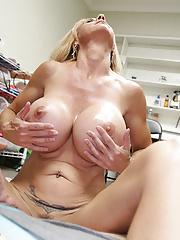 Big boob mom Brooke jerking her step son