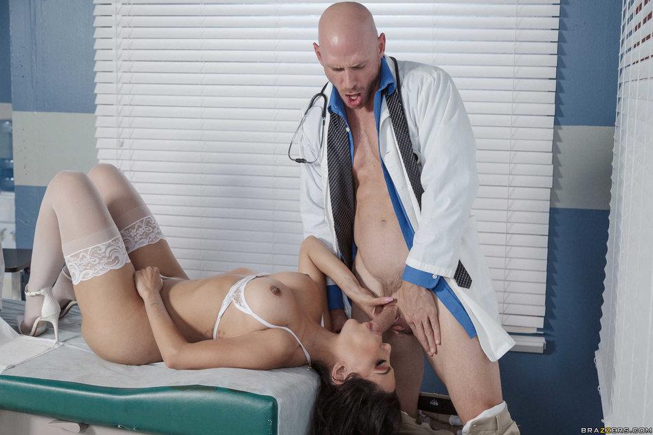 Brazzers Network Big Booty Latina Milf Lela Star In -6046