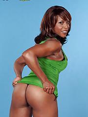 Black MILF Semmie deSoura Large Areola Tits