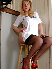 Blonde housewife Lisa is feeling a bit naughty