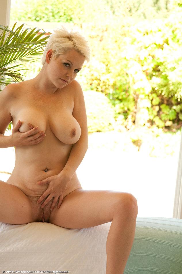 Ricki white milf porn