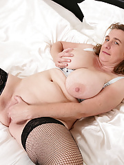 British chesty housewife toying and masturbating