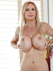 Brooke shows off her massive, mesmorizing tits