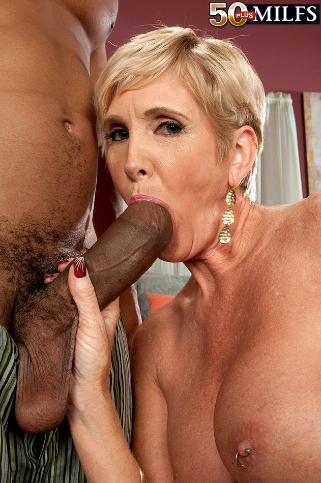Mature White Women Sucking Bbc