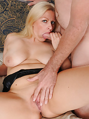 Busty MILF Zoey Tyler takes her man into her mouth and pussy making love