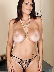 Charlee Chase showing off her big juicy melons in here
