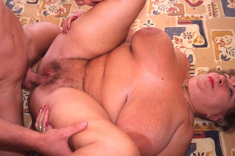 Old Women That Have Huge Hips And Very Huge Pussy Solo On Photo Free Xxx Galeries