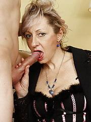 Cock sucking mature slut