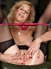 Cougar Molly Maracas naked in black stockings