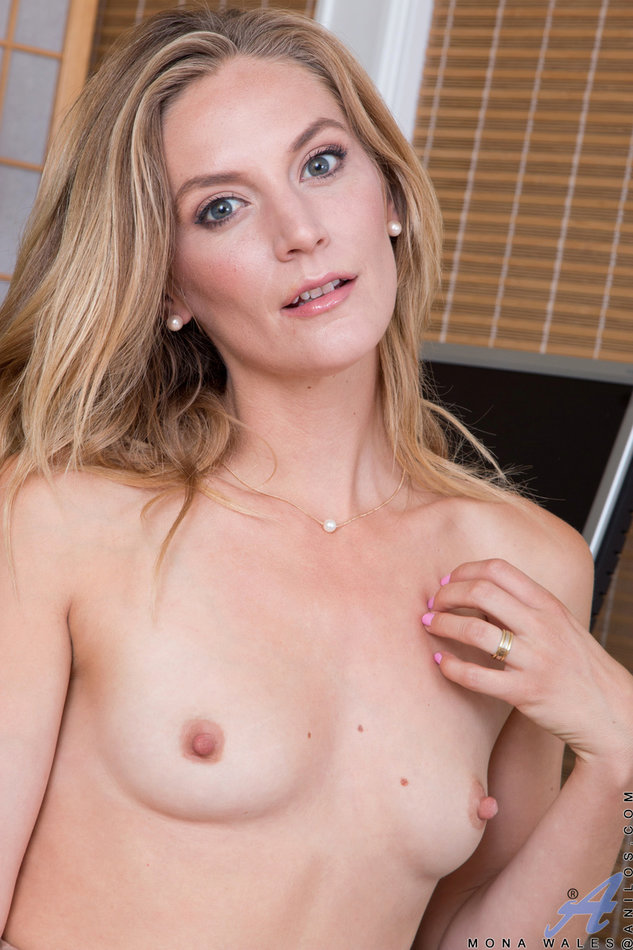 Wife vs boy sex movieture and first time 4