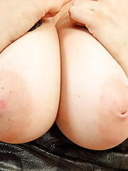 Enormous titted english mom playing with her pussy