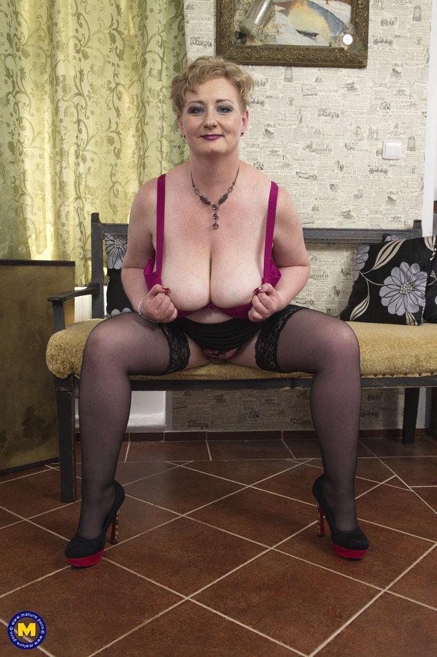 Lesbians Big Tits Shaved Pussy