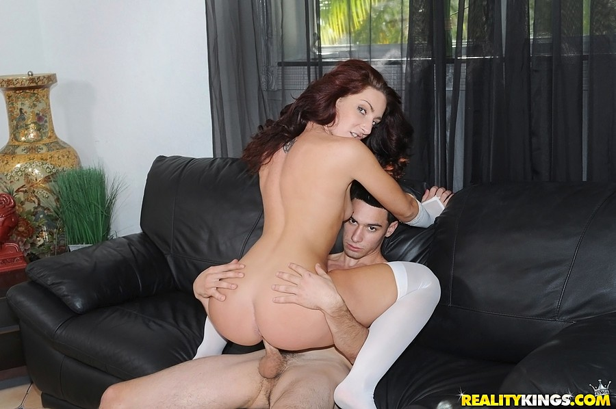 chubby-sexy-young-bride-fuck