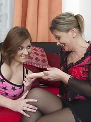 Horny teeny babe doing a naughty mature lesbian