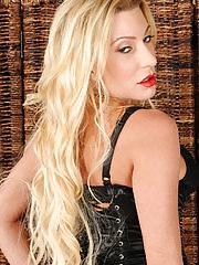 Hot blonde Jennifer Best opens her ass cheeks wide