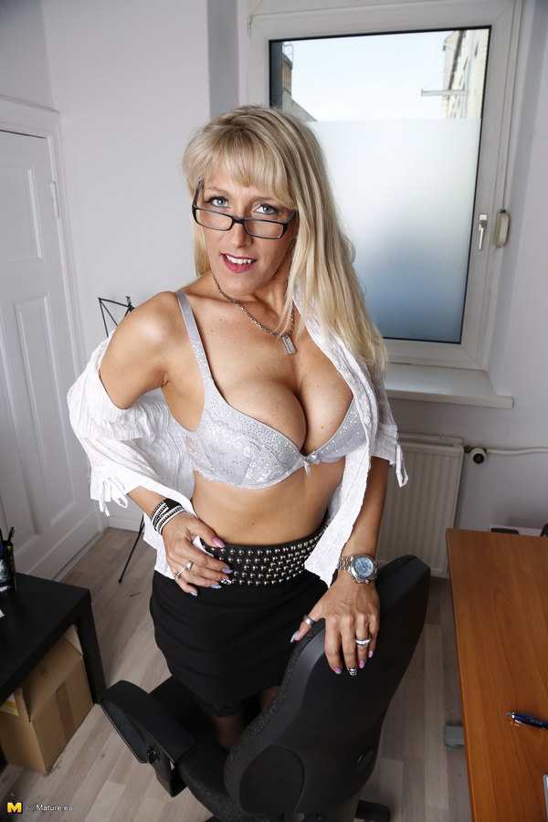 German hot mom