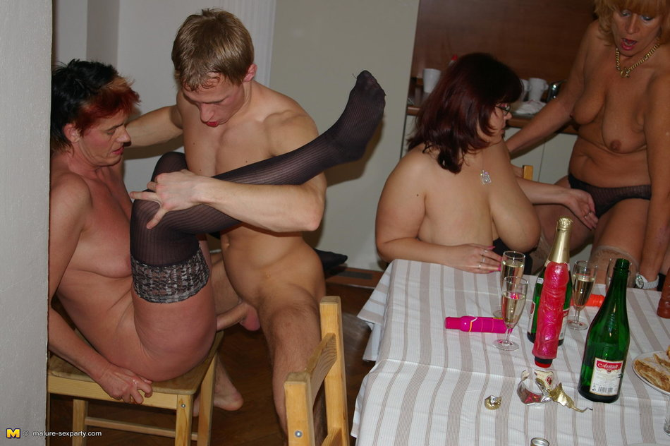 Mature sex party pics