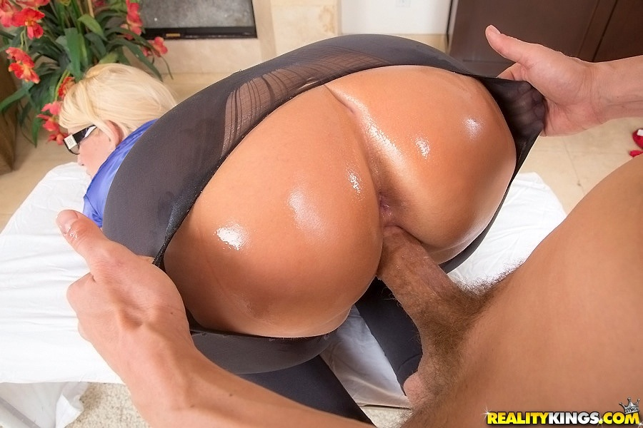 Yoga big ass porn