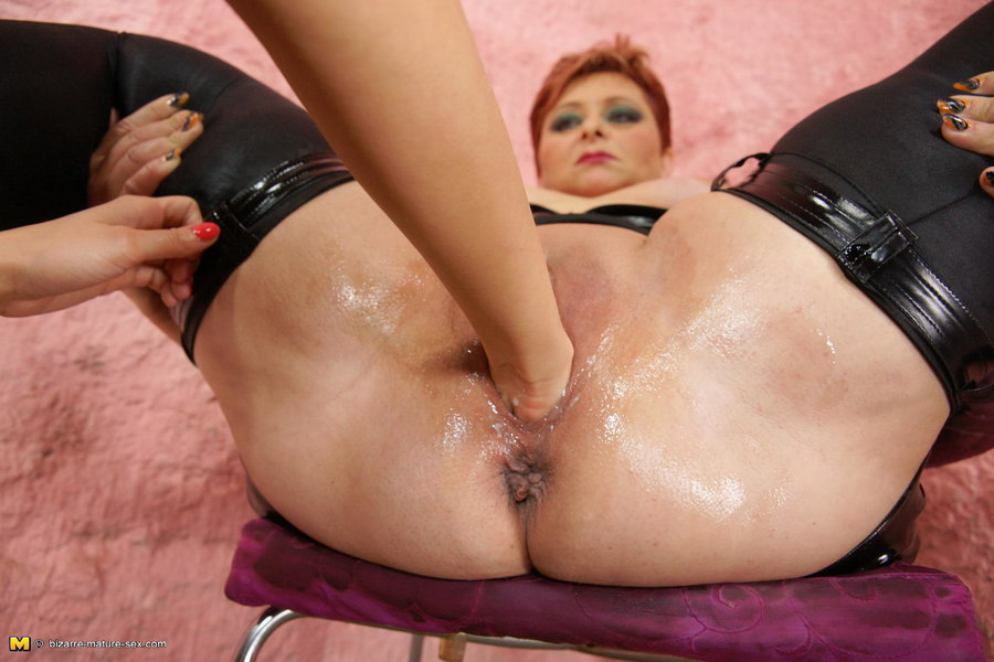 Kinky mama sex