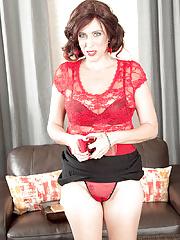 Massive boobies mature Susanna Adams