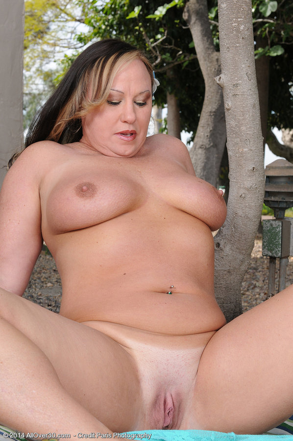All Over 30 Mature Bbw Mary Jane Gets Naked And Spreads -8392