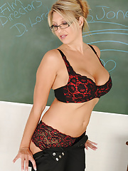 Mature Luscious Jezebel takes off her skirt in the classroom