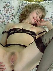 Mature slut showing her wet cunt
