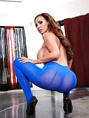 MILF Mature Nikki Benz in nylon blue pantyhose playing with a hard penis