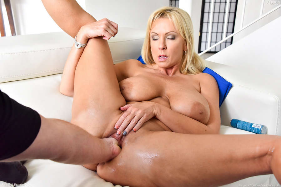 Adult down fisting free loads movie