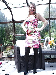 Naughty British housewife playing in the gardenhouse