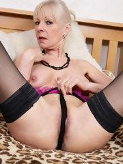 Naughty British mature lady getting horny
