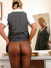 Secretary mature pulls pantyhose down to show nice ass in heels