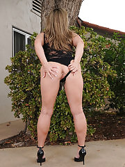 Sexy Marie Micheals shows her pink from the backyard