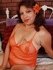 Sexy Mature Mexican Fucked