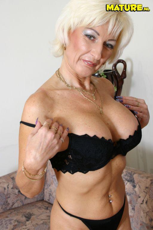 Big Tits Big Ass Latina Milf