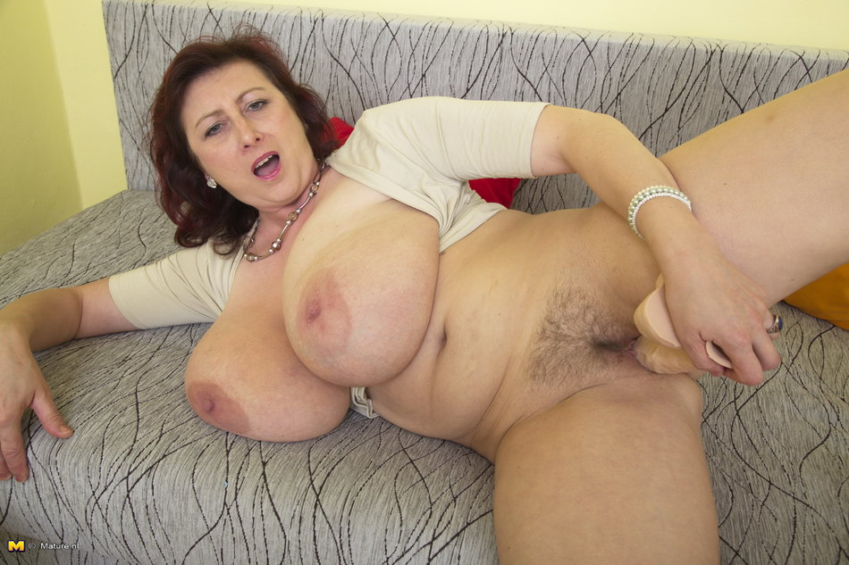 Solo Girl Big Tits Dildo Ride