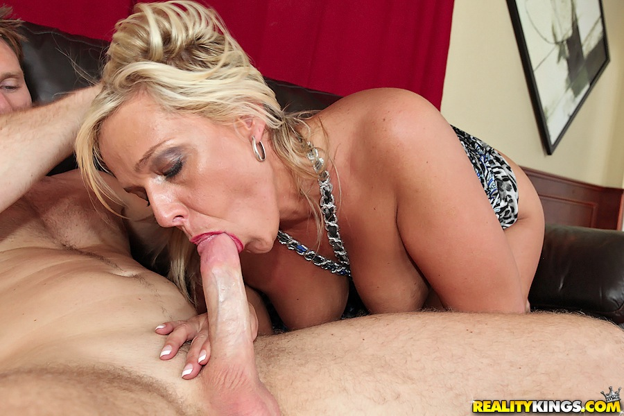 Milf fucked hard in ass