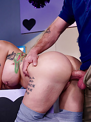 Tattooed pornstar Joslyn James pulling down spandex pants gets a huge load on face
