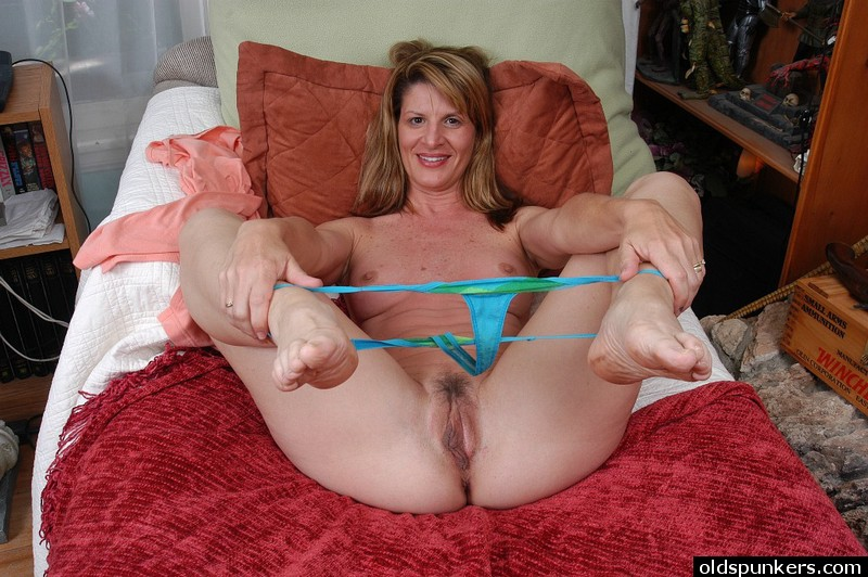 British Mature Nylon Fuck