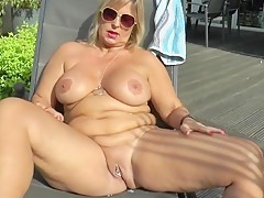 the milf lesben sex casually found today