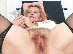 Hairy matures inserts deep