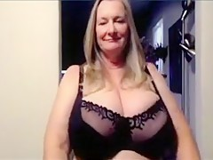 amateur mature big boobs stripping