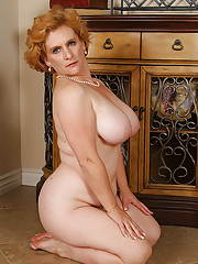 Nude gilf pics